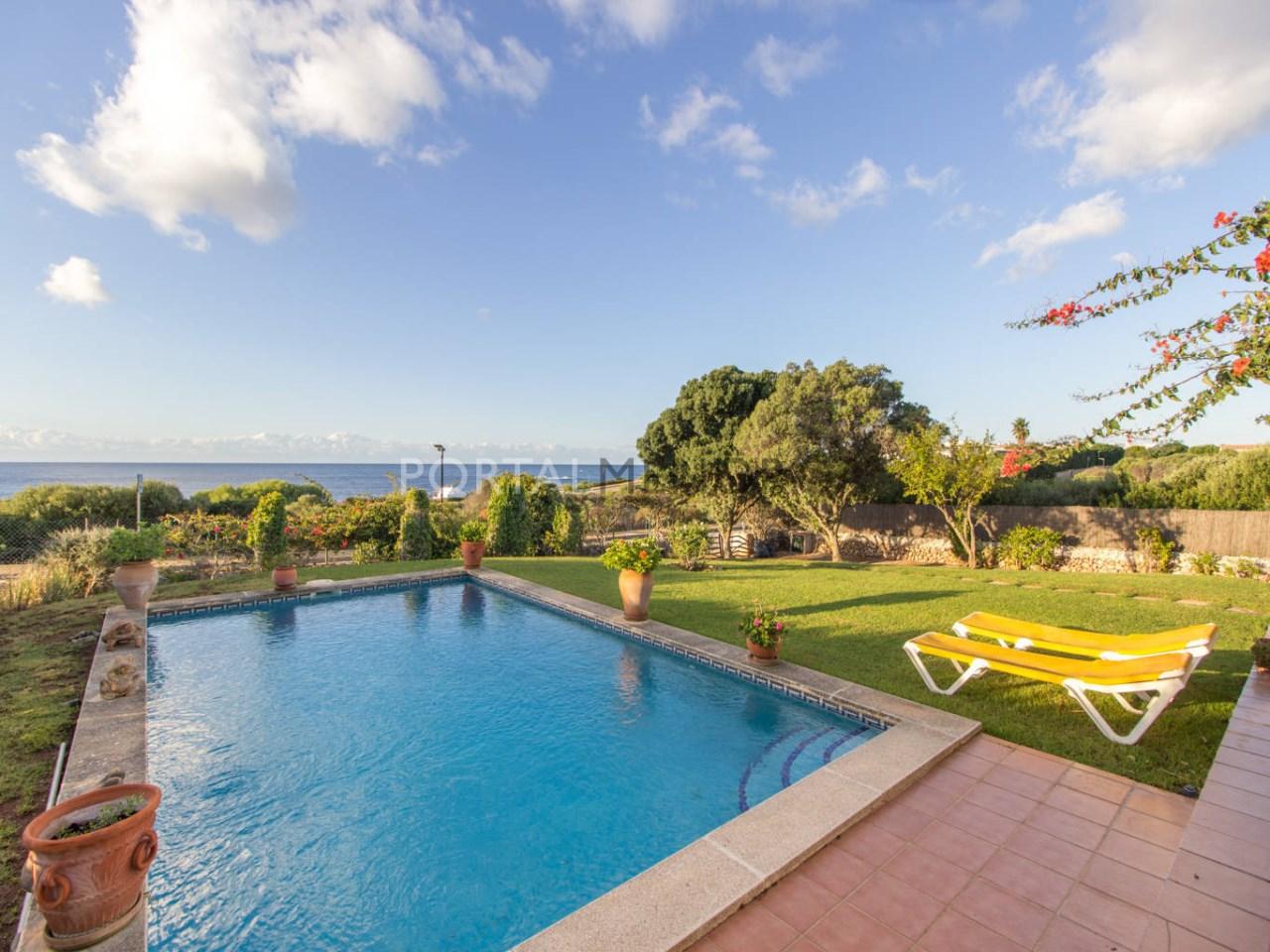 Villa avec vue mer à vendre près de Binibeca