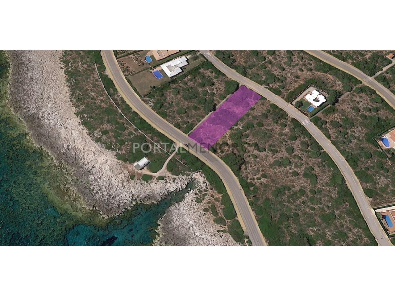 Sea front plot of land for sale in Torret de Baix