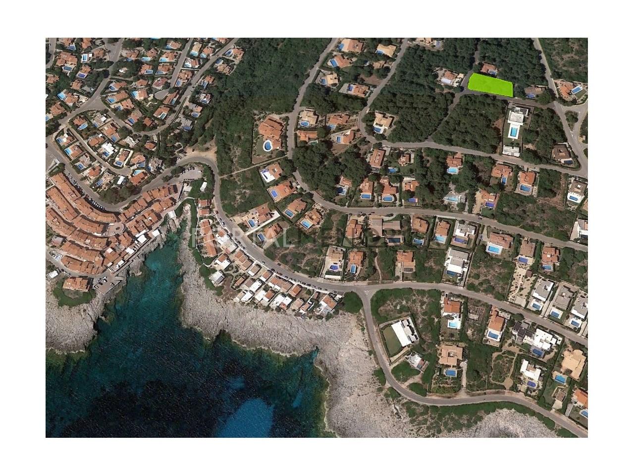 Gran parcela cerca del mar en venta en S'Atalaia