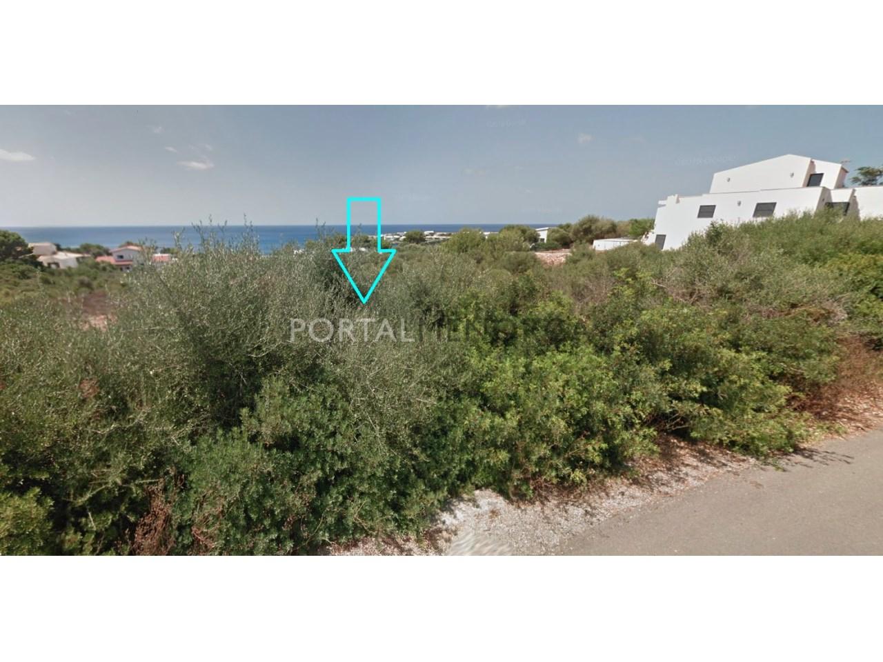 Parcela con vistas al mar en venta en Menorca
