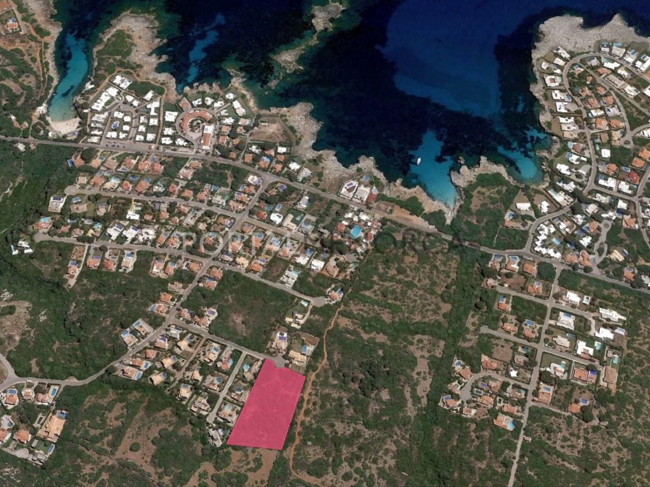 Conjunto de 6 parcelas cerca del mar en venta en Binisafuller