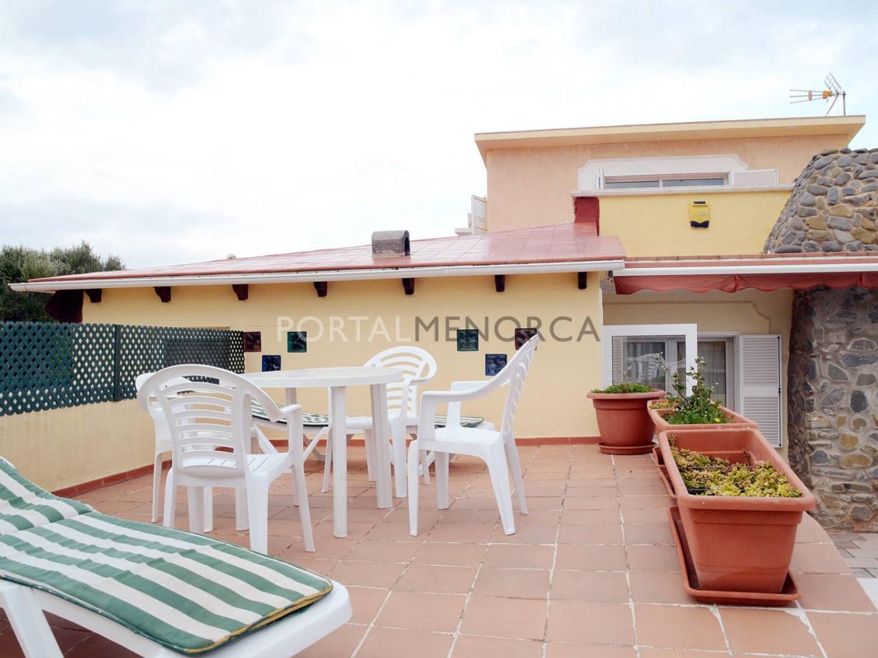 Chalet cerca del mar con piscina en venta en Menorca
