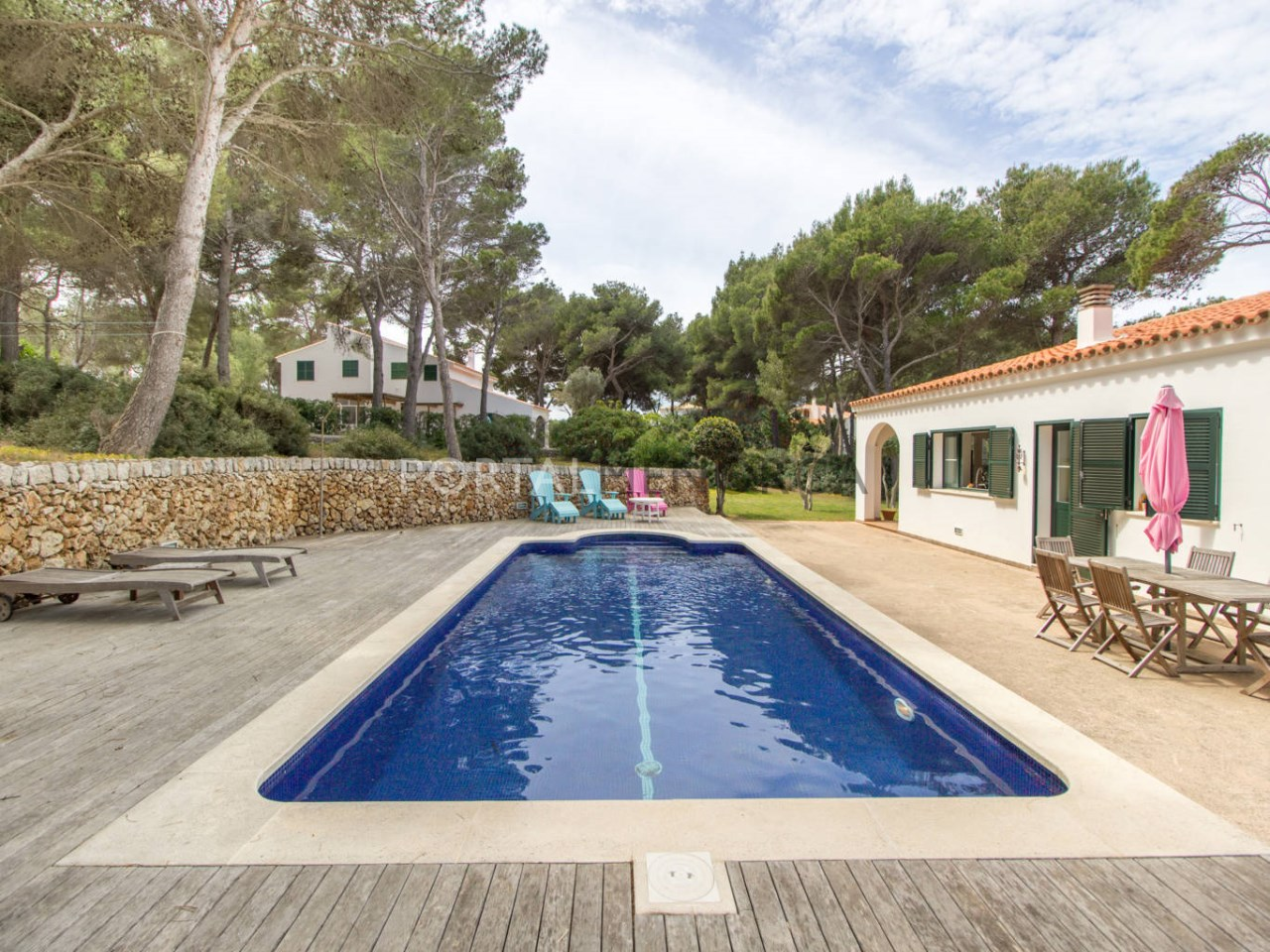House with swimming pool for sale in Menorca