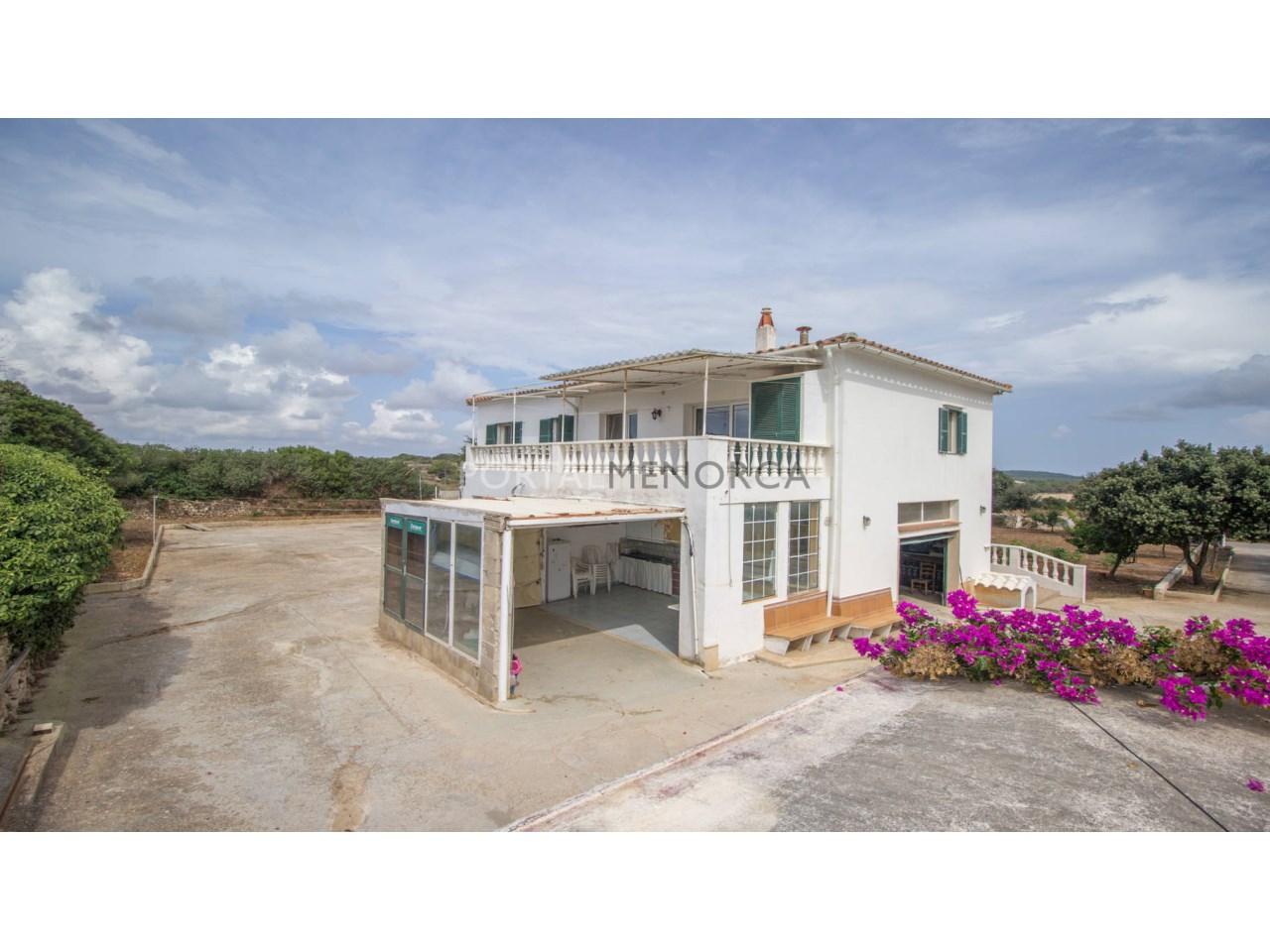 Casa de campo reciente en venta en Menorca