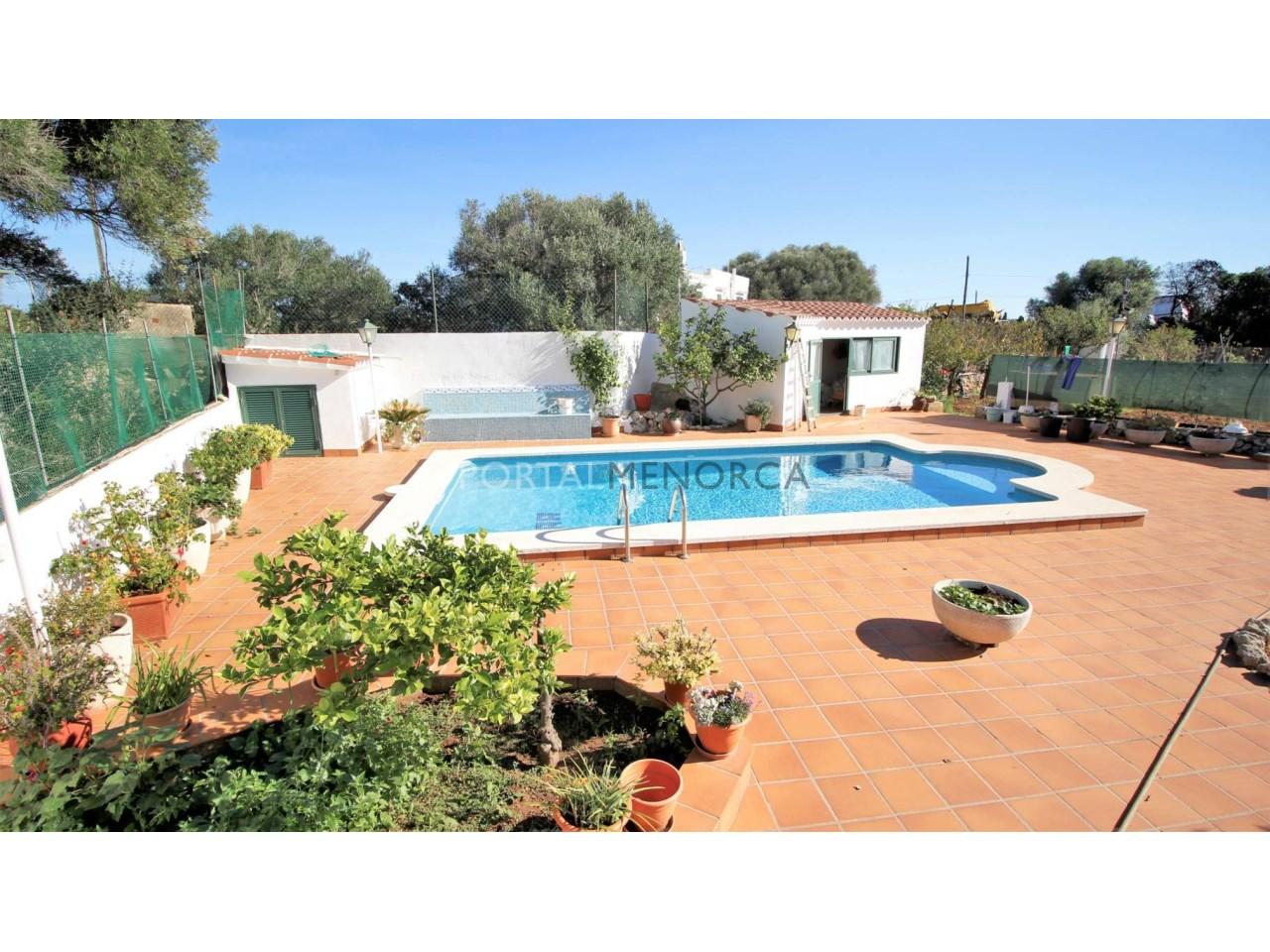 Casa con piscina en venta en Menorca