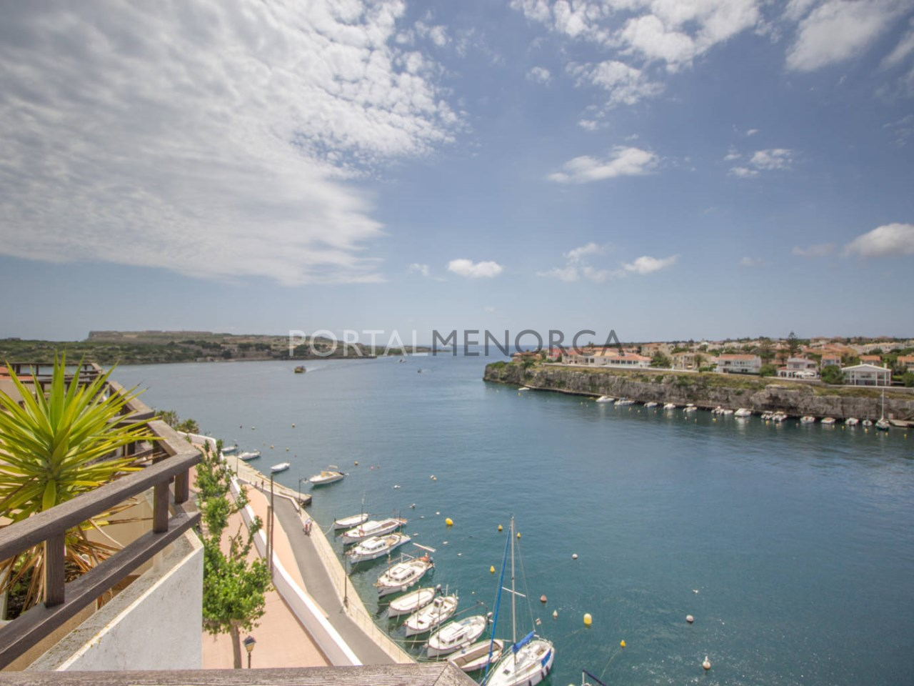 Penthouse with sea view for sale in Cales Fonts