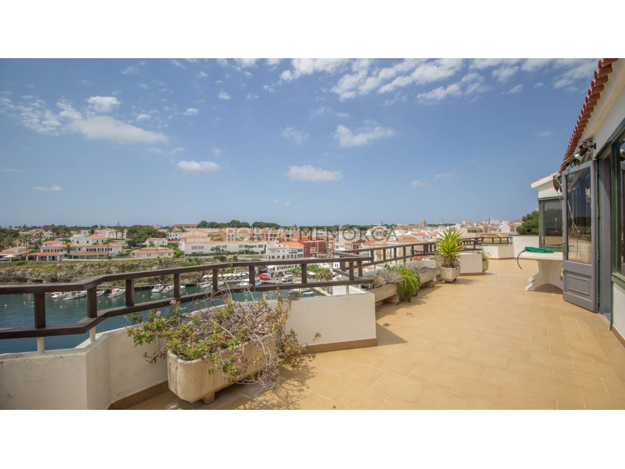 Penthouse with terrace and sea view for sale in Cales Fonts