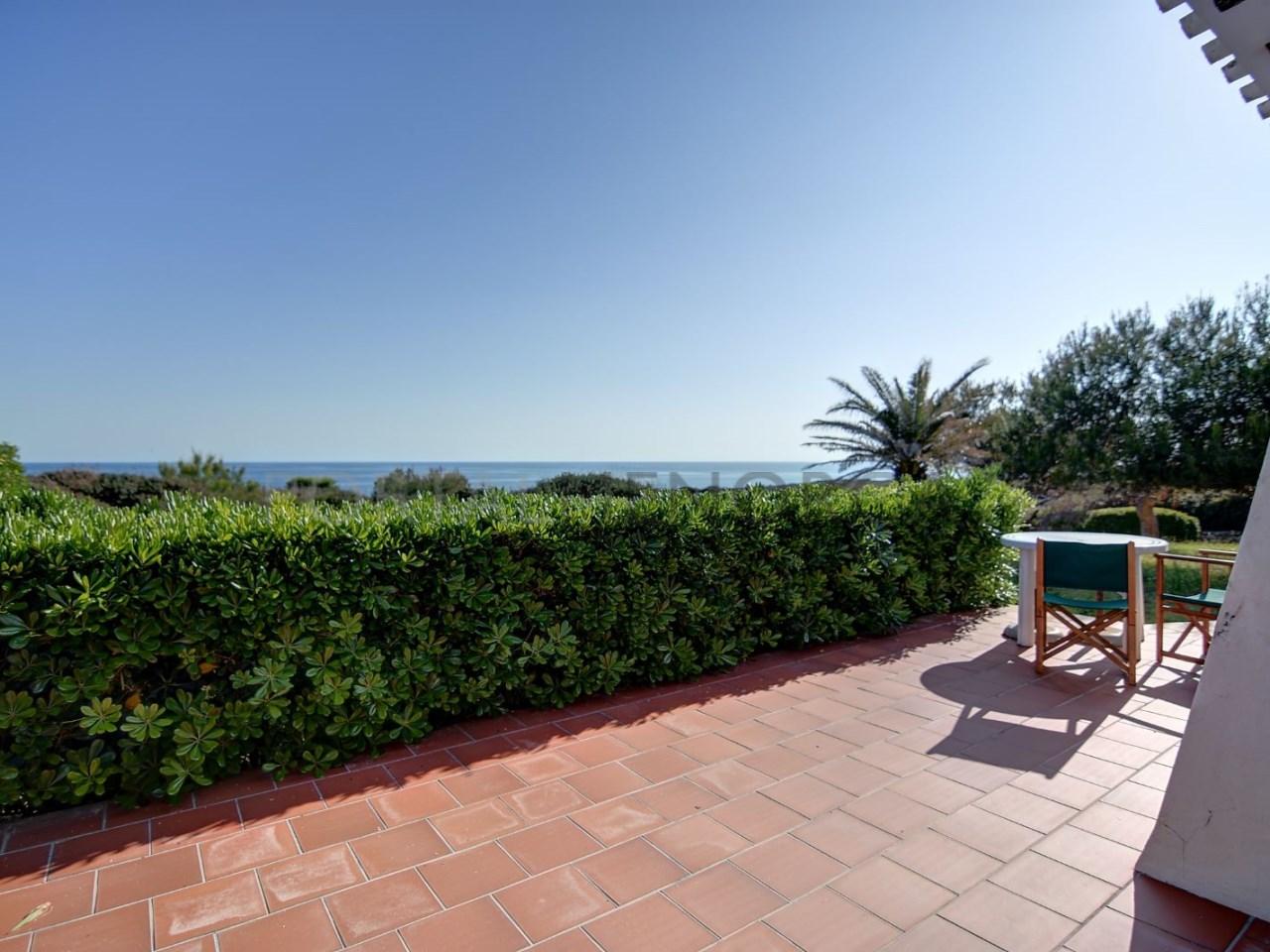 terraza-villa-binidali-con-barbacoa-menorca-H2534(3)