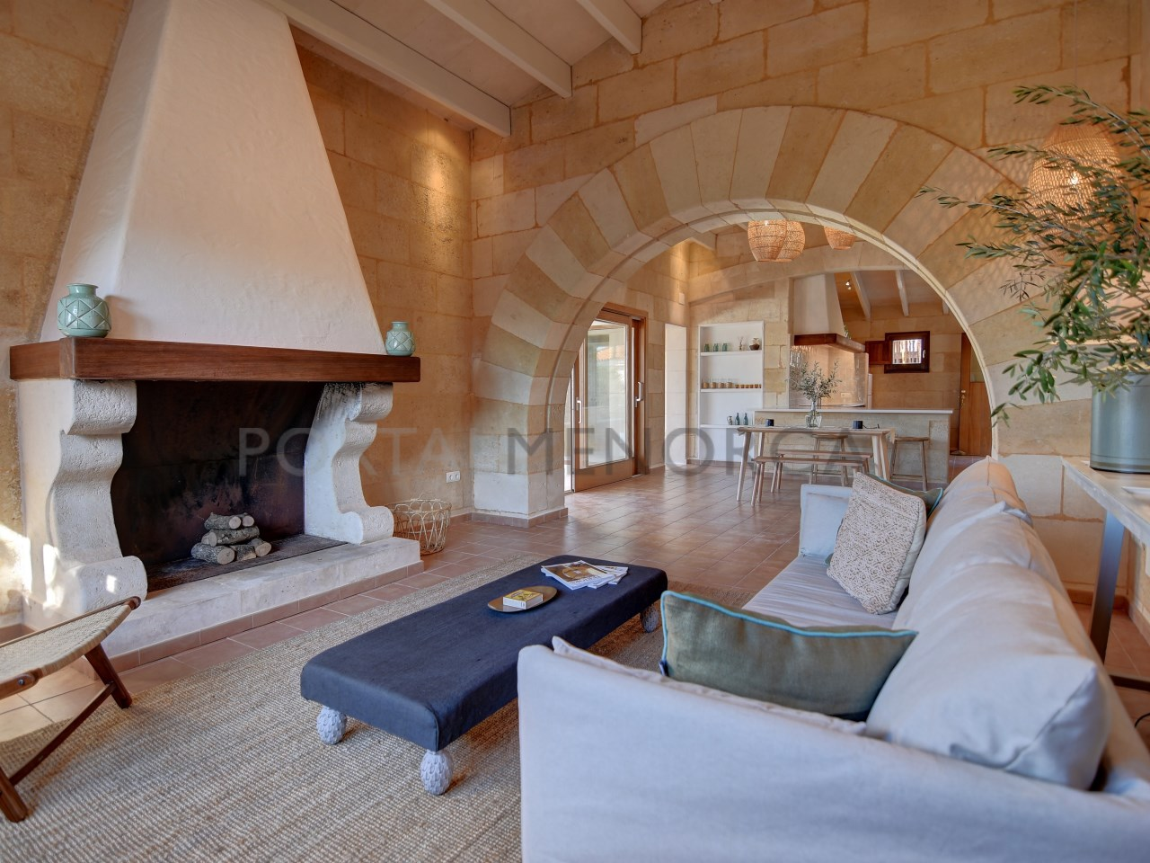 sourced-limestone-property-quality-design-menorca
