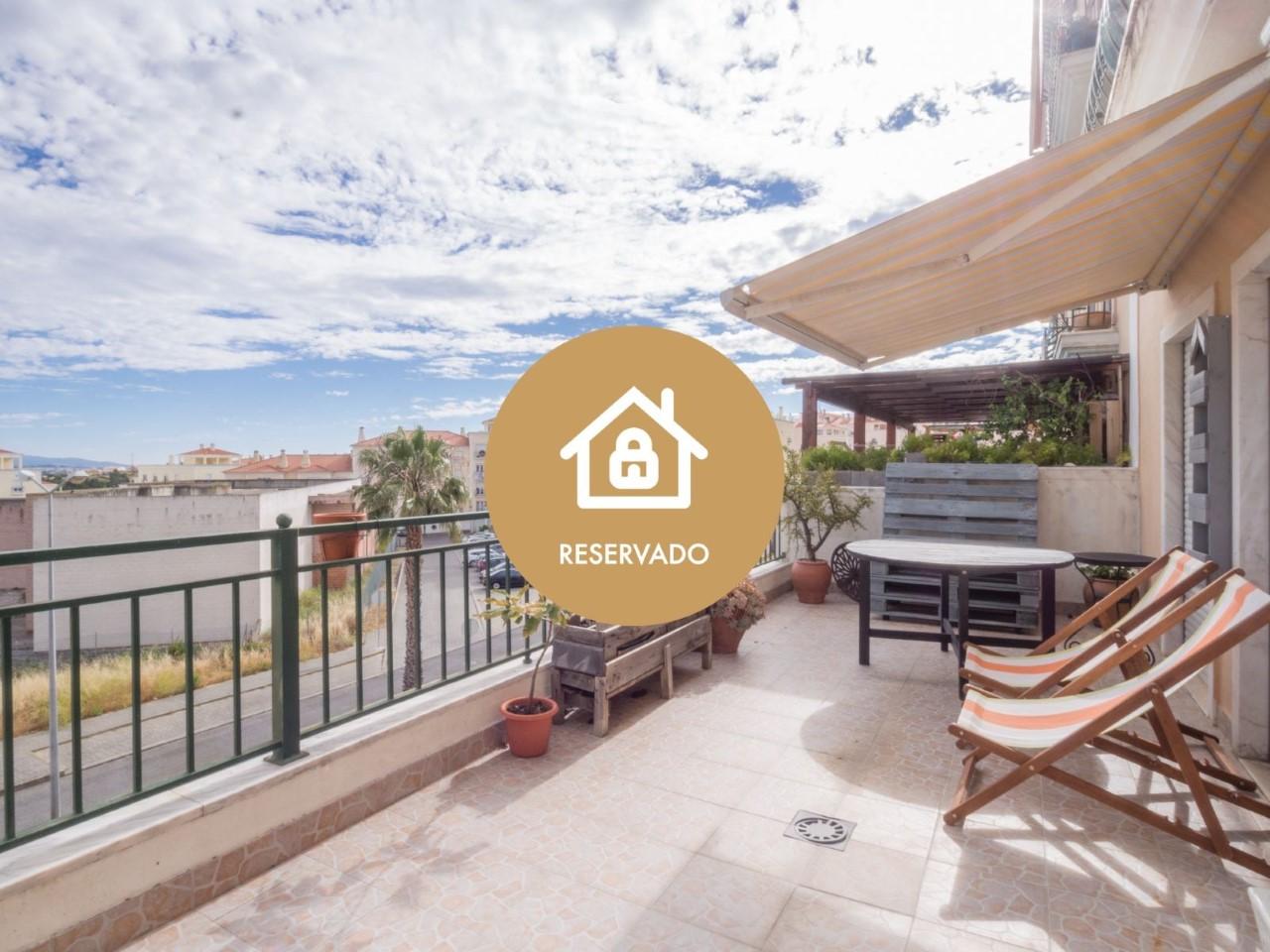 Exclusive! 2 bedroom Apartment with garage + terrace in Mafra