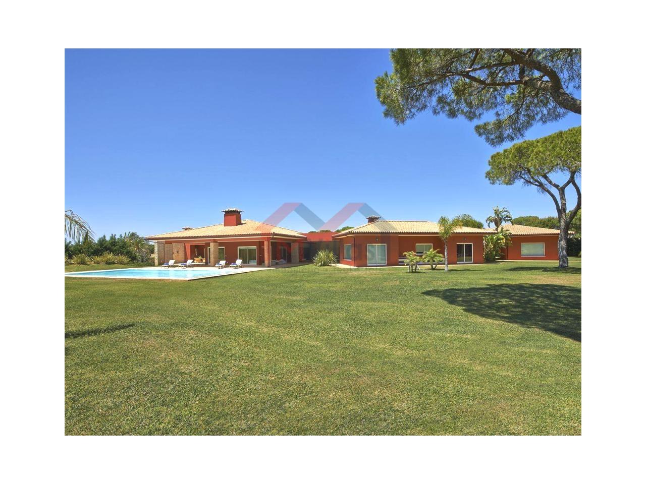 Villa plain-pied de luxe avec 6 chambres et piscine - Vilamoura