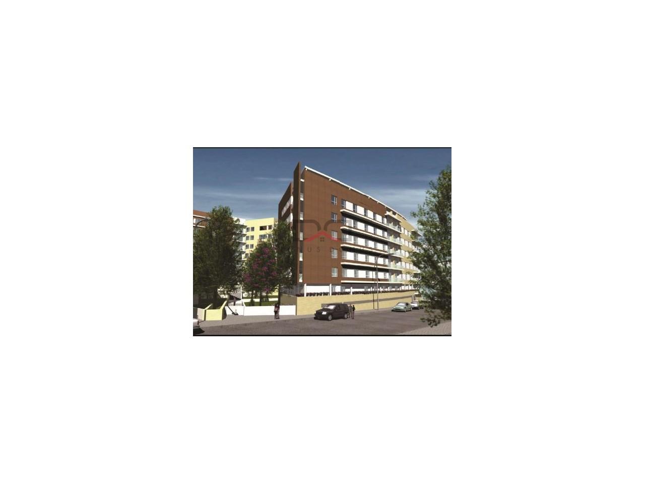 f334177074fb Apartamento T3 no Olaia Parque Residências