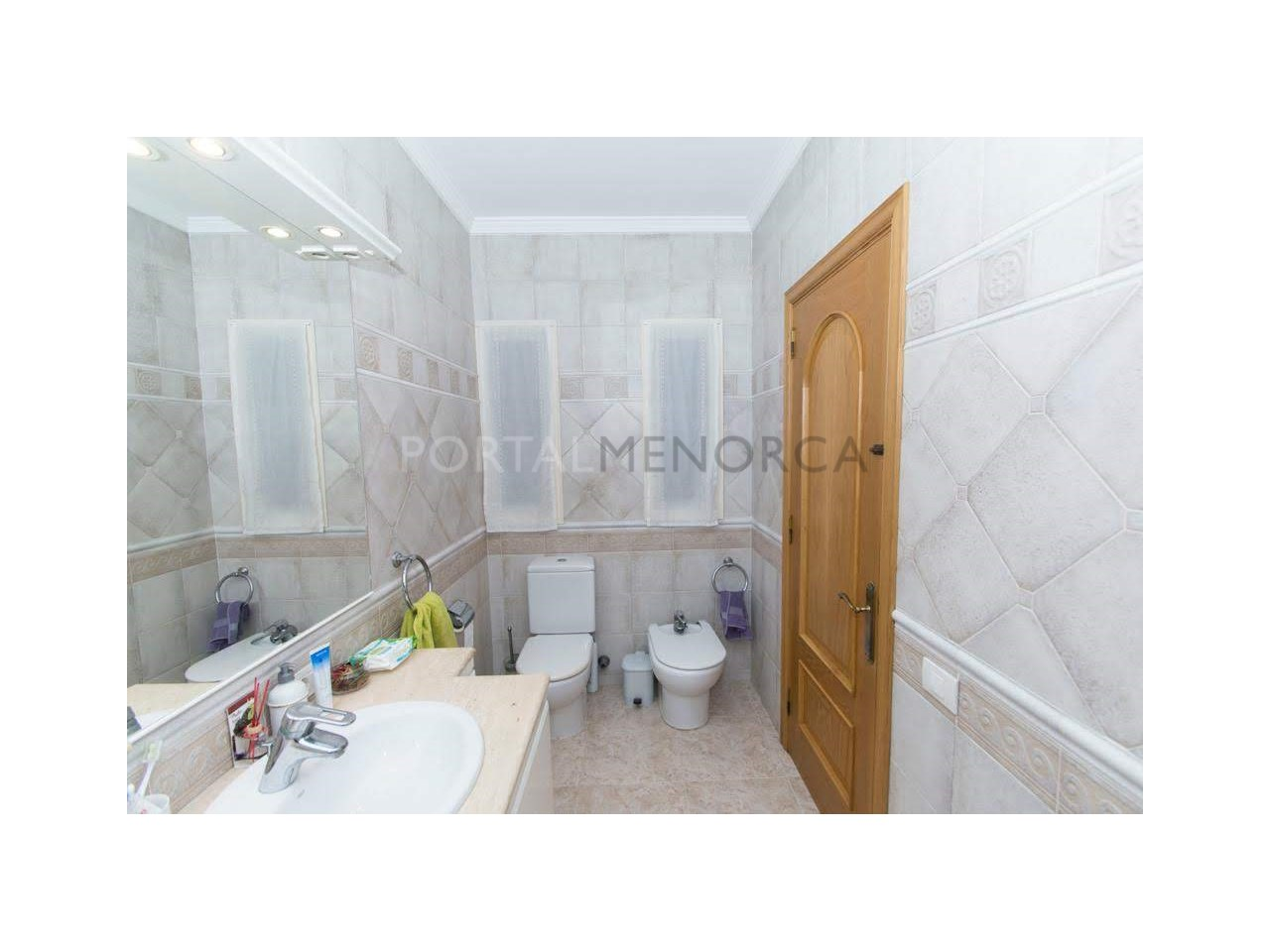 Flat on sale in Ferreries-Bathroom