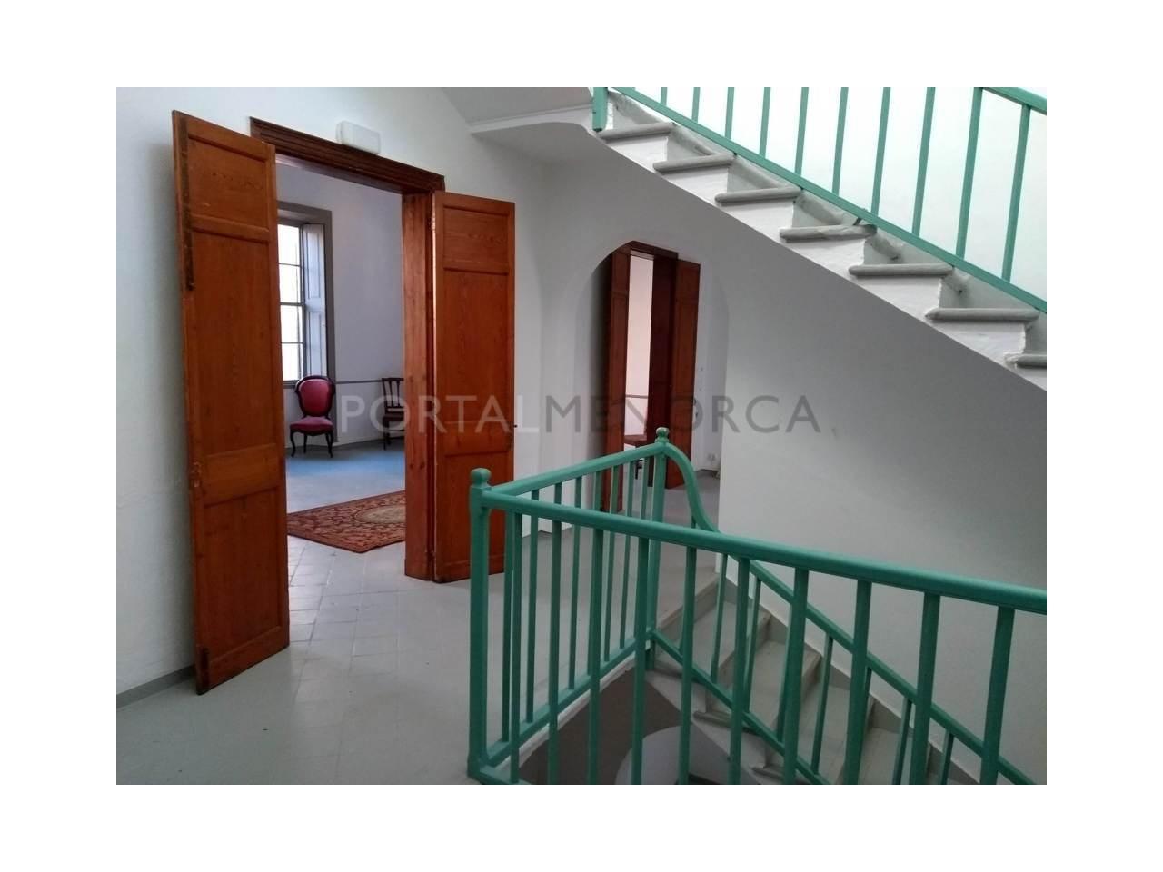 Manor house for sale in Ciutadella-frist floor