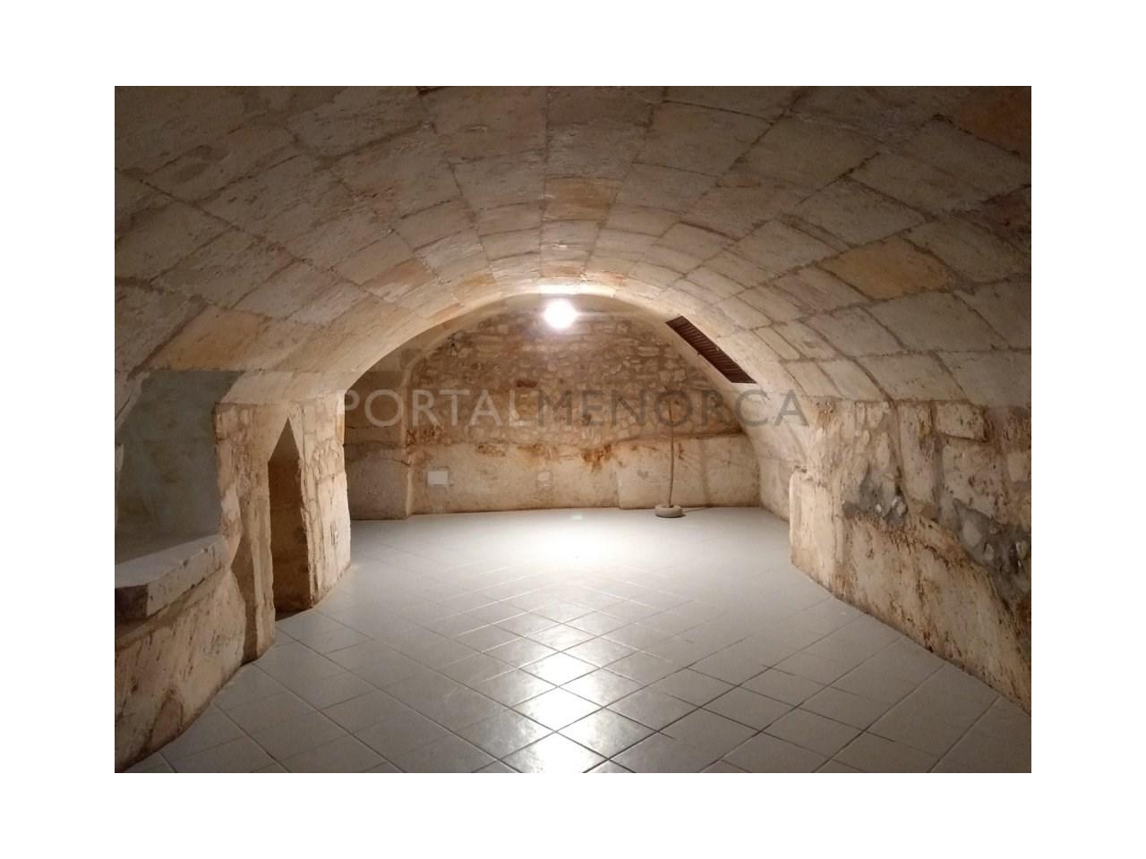 Manor house for sale in Ciutadella-basement
