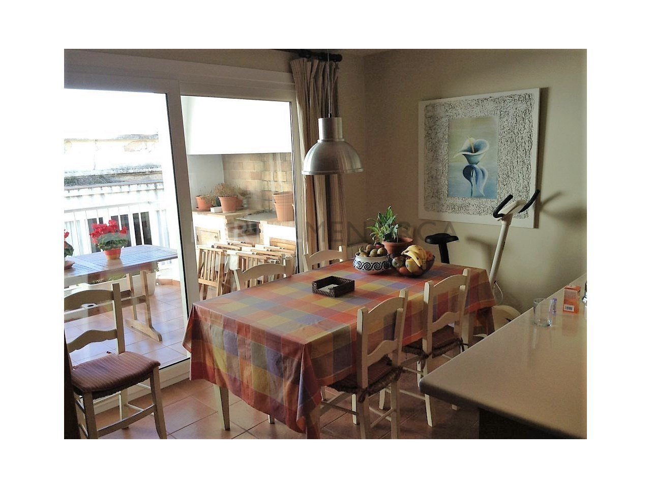 Spacious renovated apartment for sale in Ciutadella-Dinning room