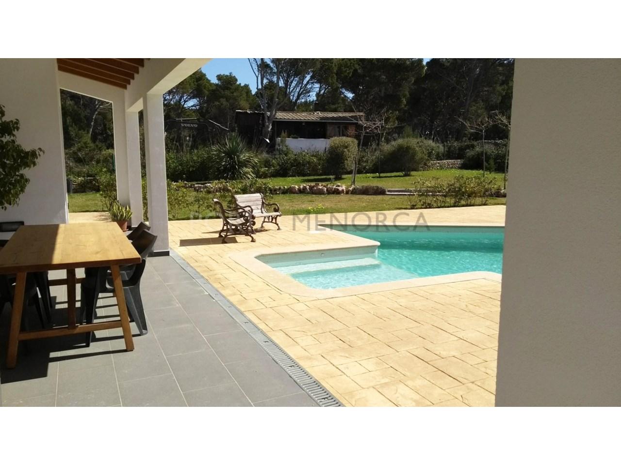 Villa à vendre dans la piscine Cala Morell-Terrace