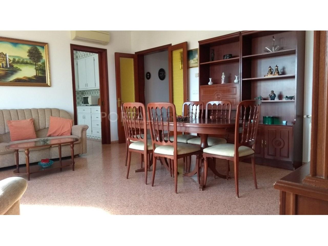 Apartment for sale in Ciutadella-Living room