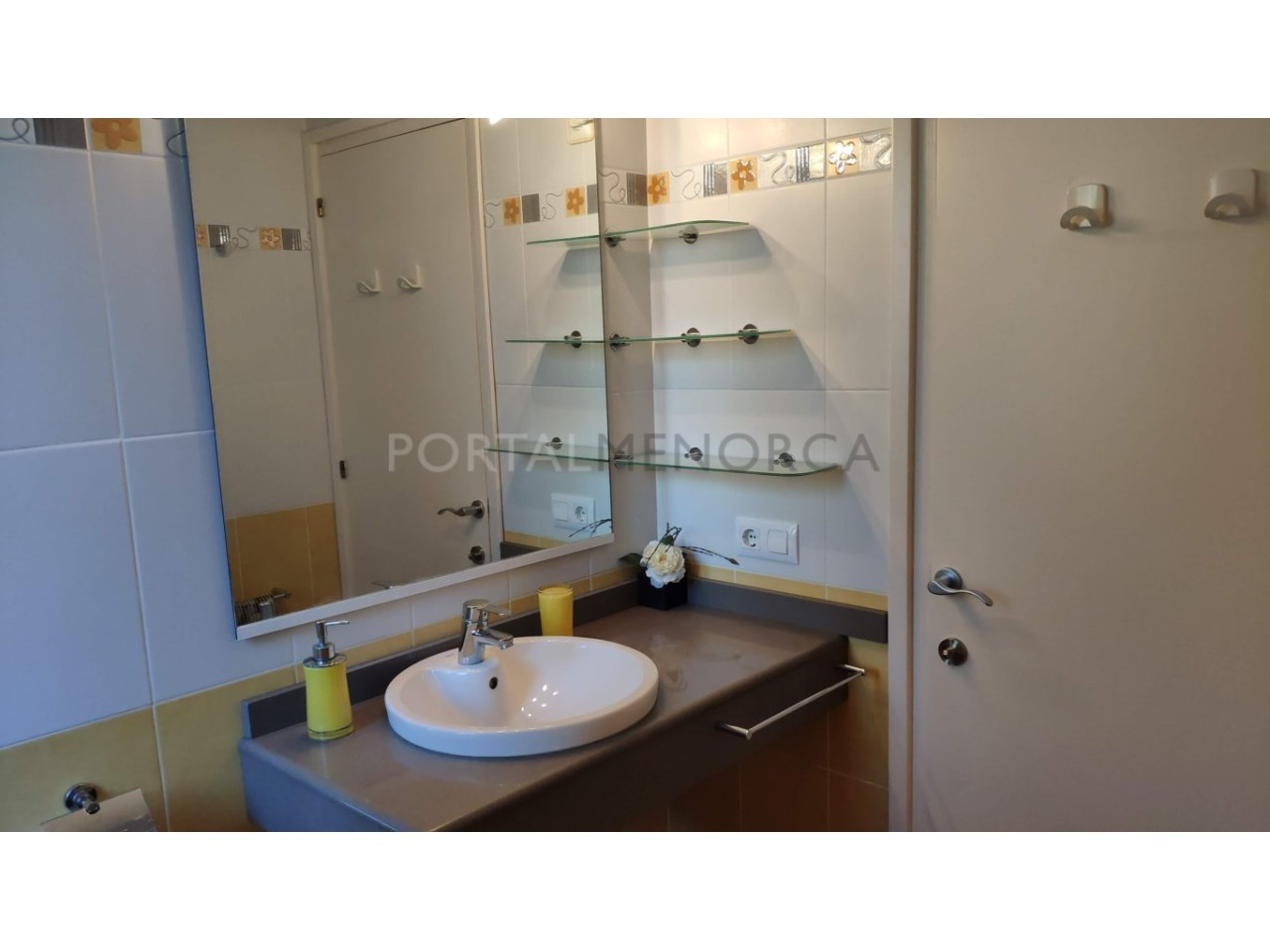 Townhouse for sale in Calan Blanes near the beach- Bedroom