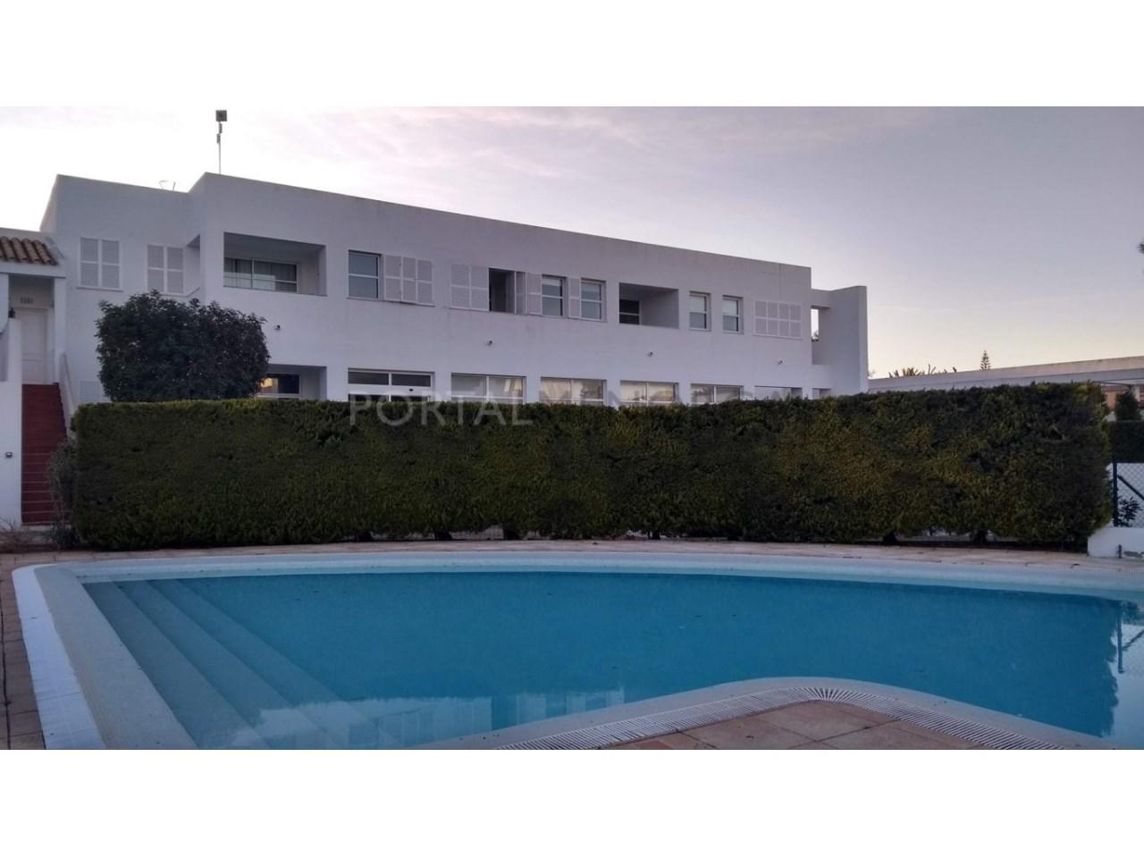 apartamento en venta en Son Xoriguer con piscina comunitaria