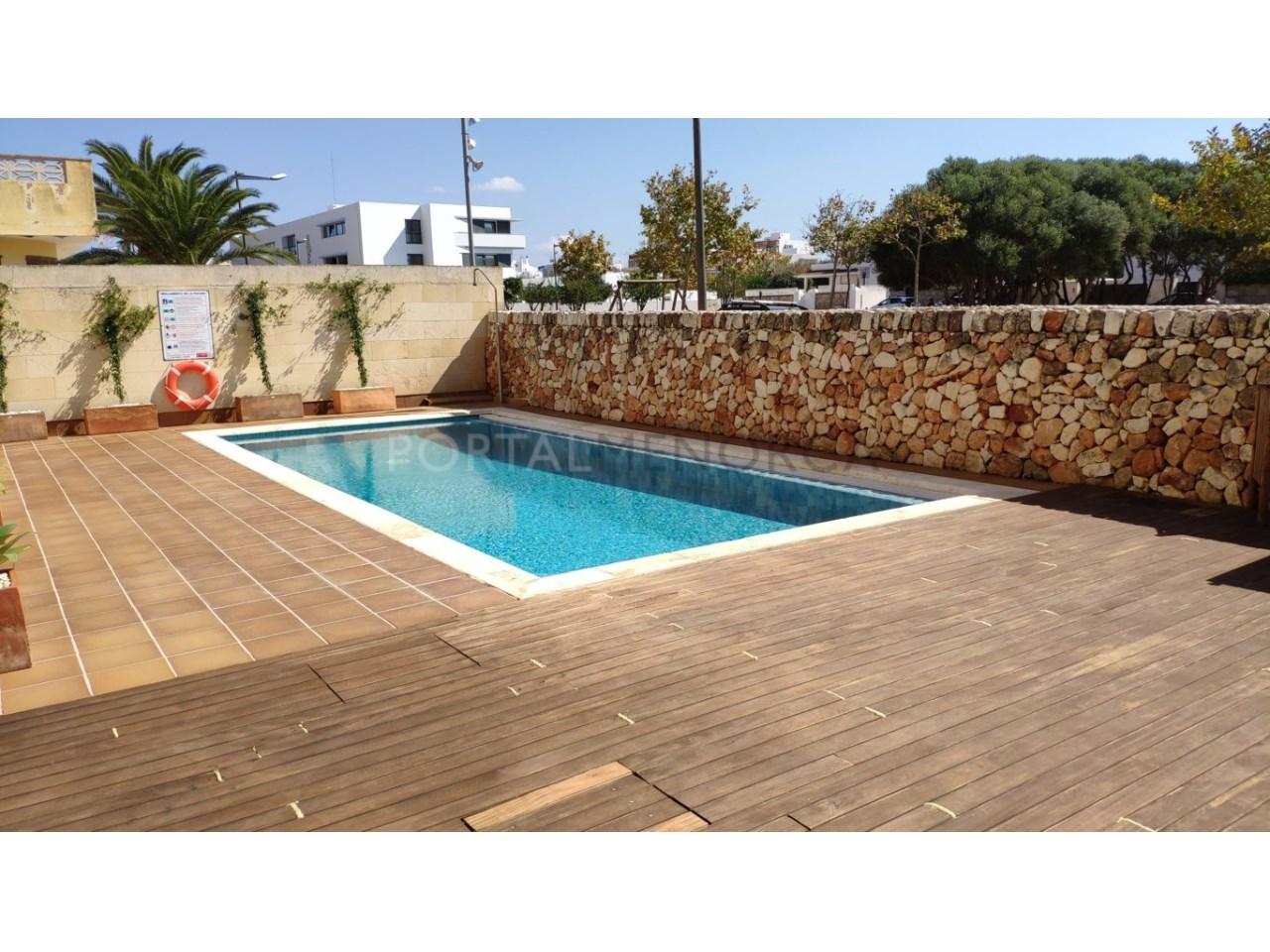 Frist floor apartament for sale in Ciutadella-Pool