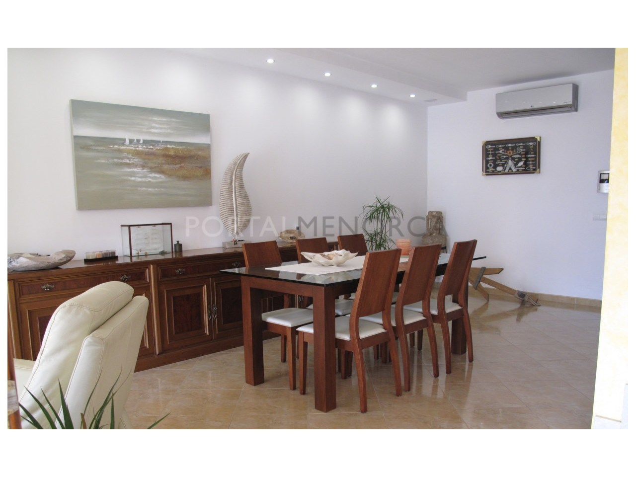 Charming villa with garage in Son Oleo for sale-Dinning room