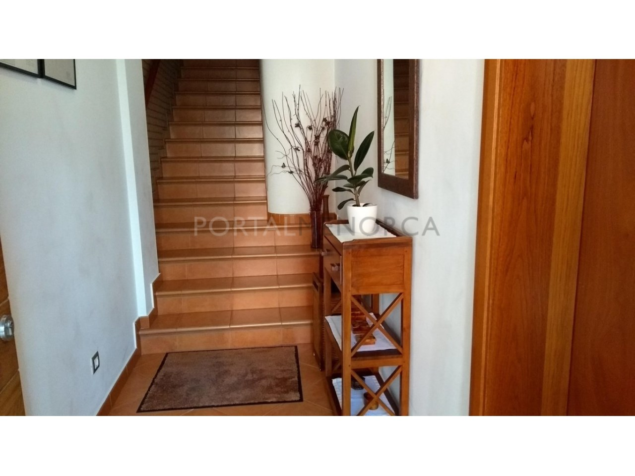 House with patio for sale in Ciutadella-Hall