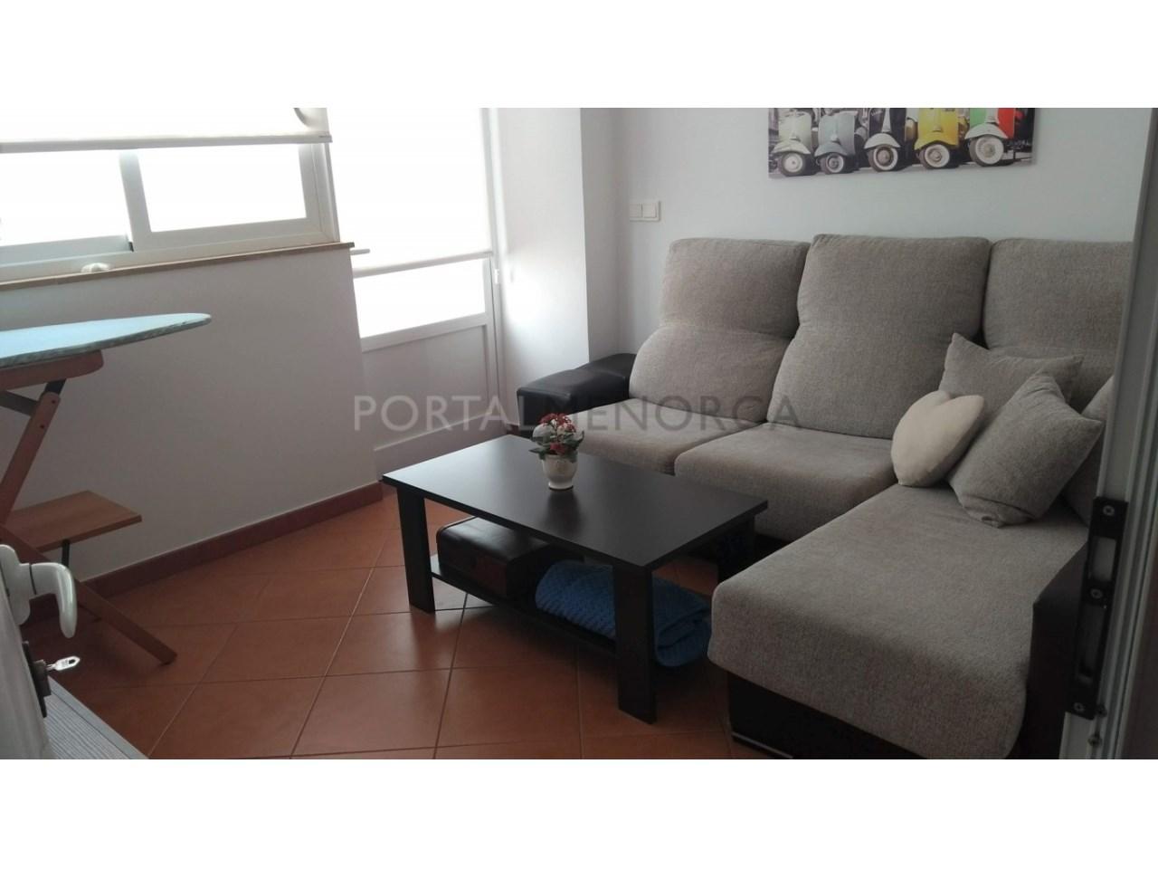 Amplia Casa con patio en venta en Ciutadella habitación multi función