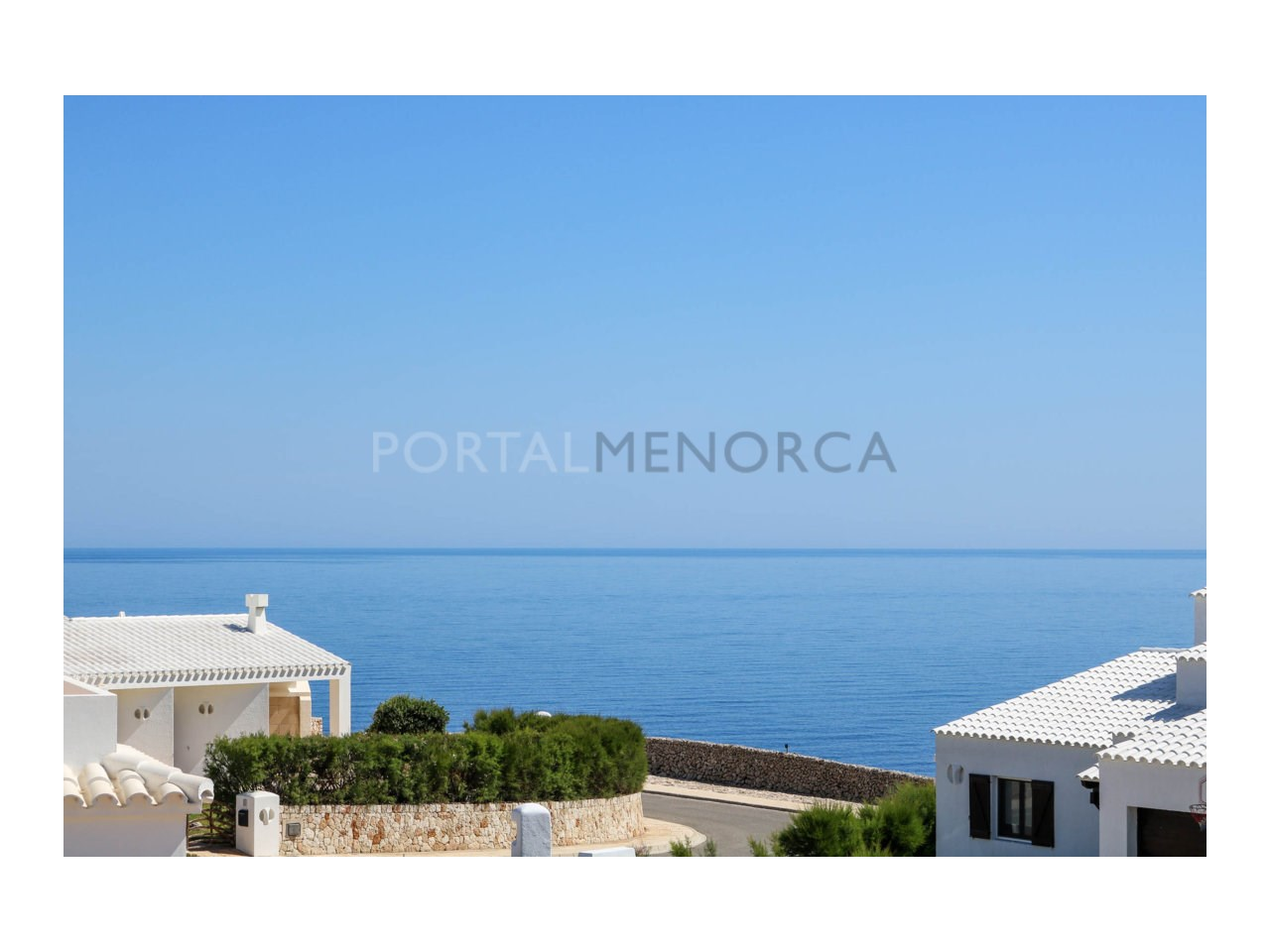 Villa for sale in Cala Morell with sea views and tourist license-Views