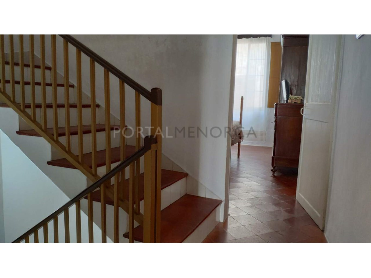 House for sale in the old town of Ciutadella-Stairs