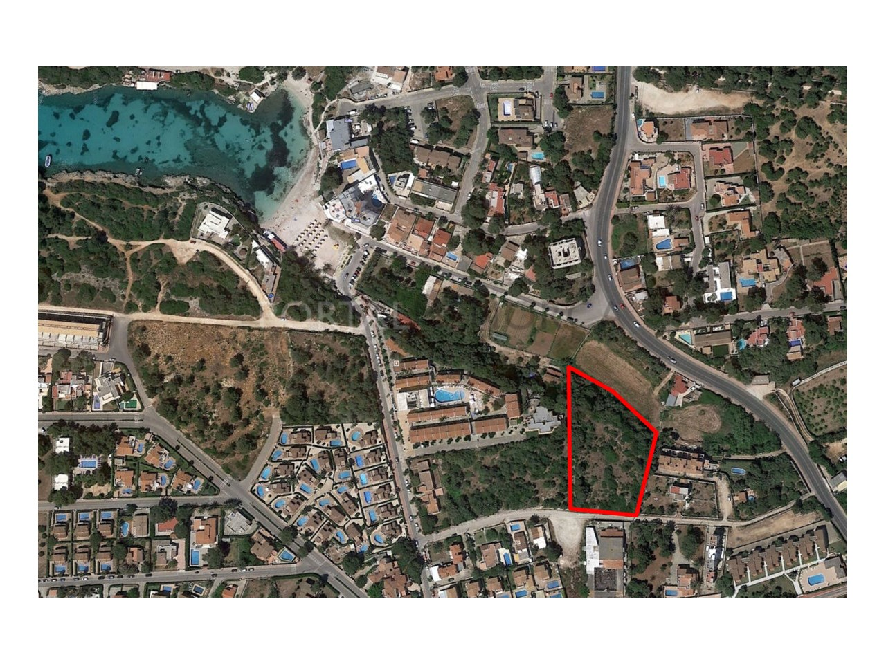 Plot for sale in Cala Blanca, Ciutadella promotion of 6 homes -Situation