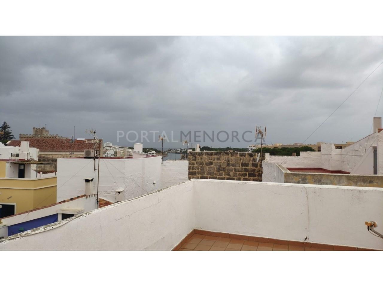 casa reformada en venta en Ciutadella de Menorca vistas al puerto