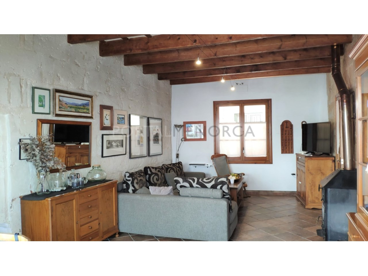 Casa con patio en venta en el casco histórico de Ciutadella - salón