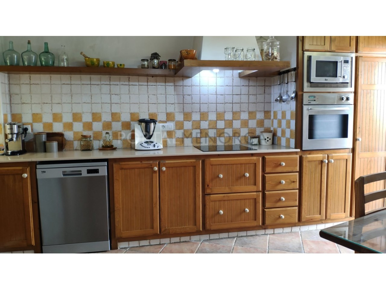 House for sale in the old town of Ciutadella-Kitchen