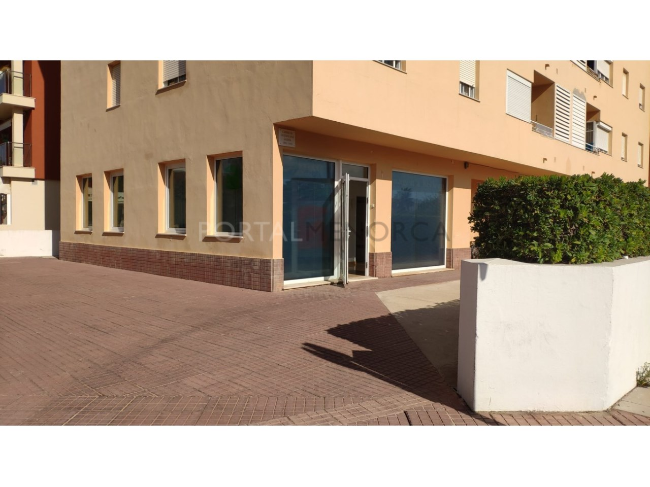 Local for sale in Ciutadella Menorca-Facade