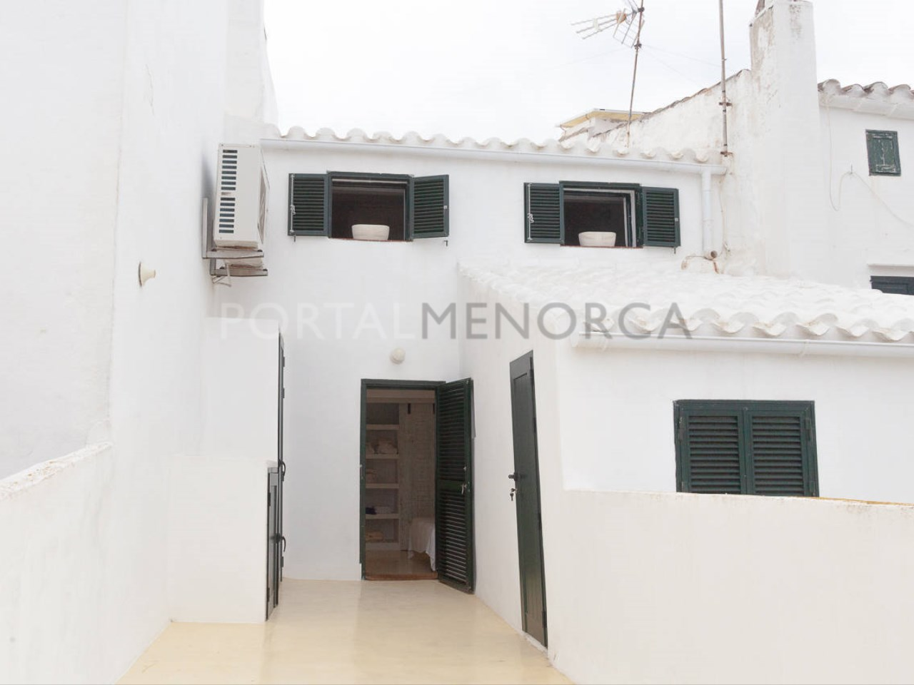 House in the center of Mercadal_terrace