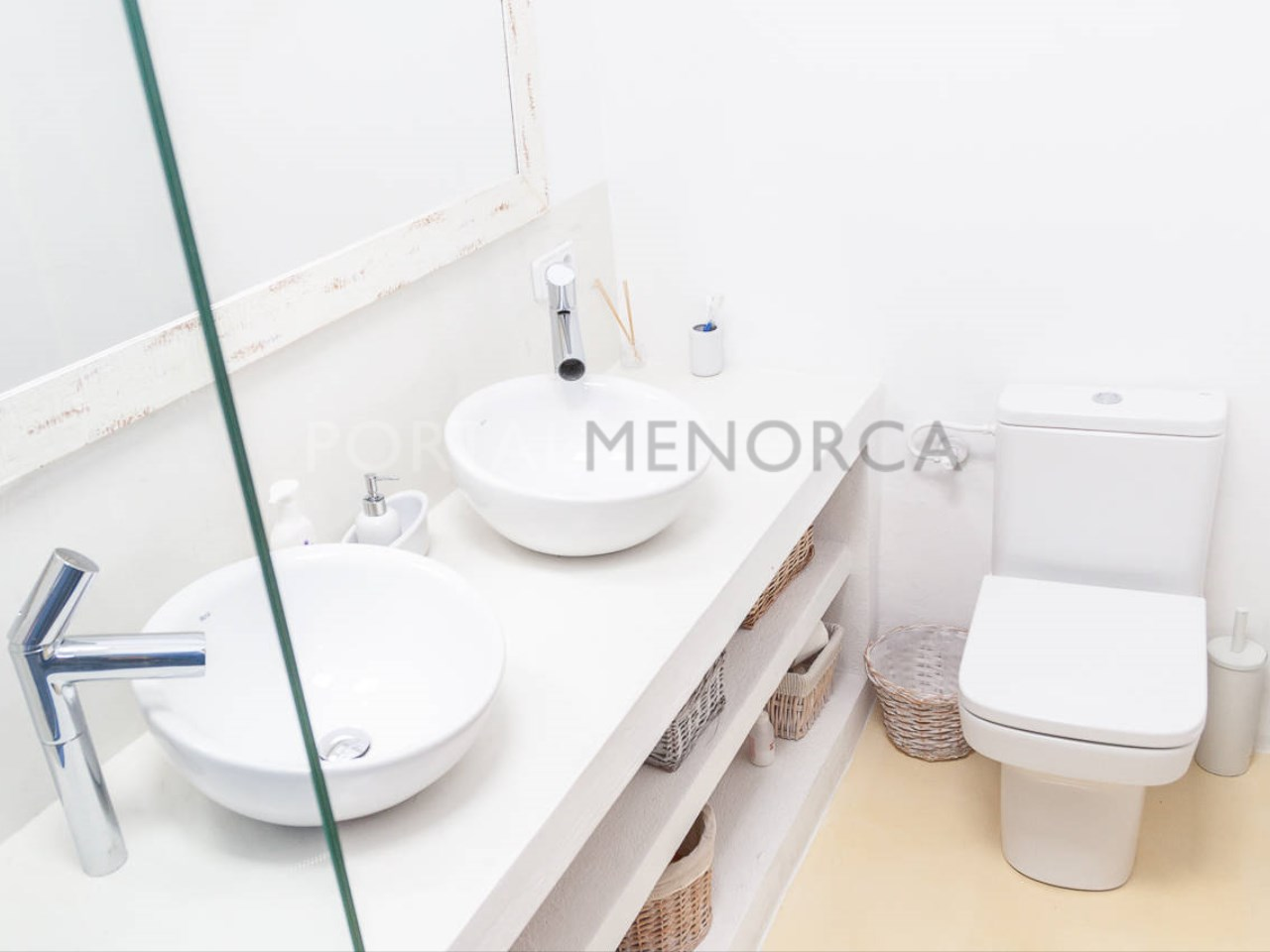 House in the center of Mercadal_bathroom