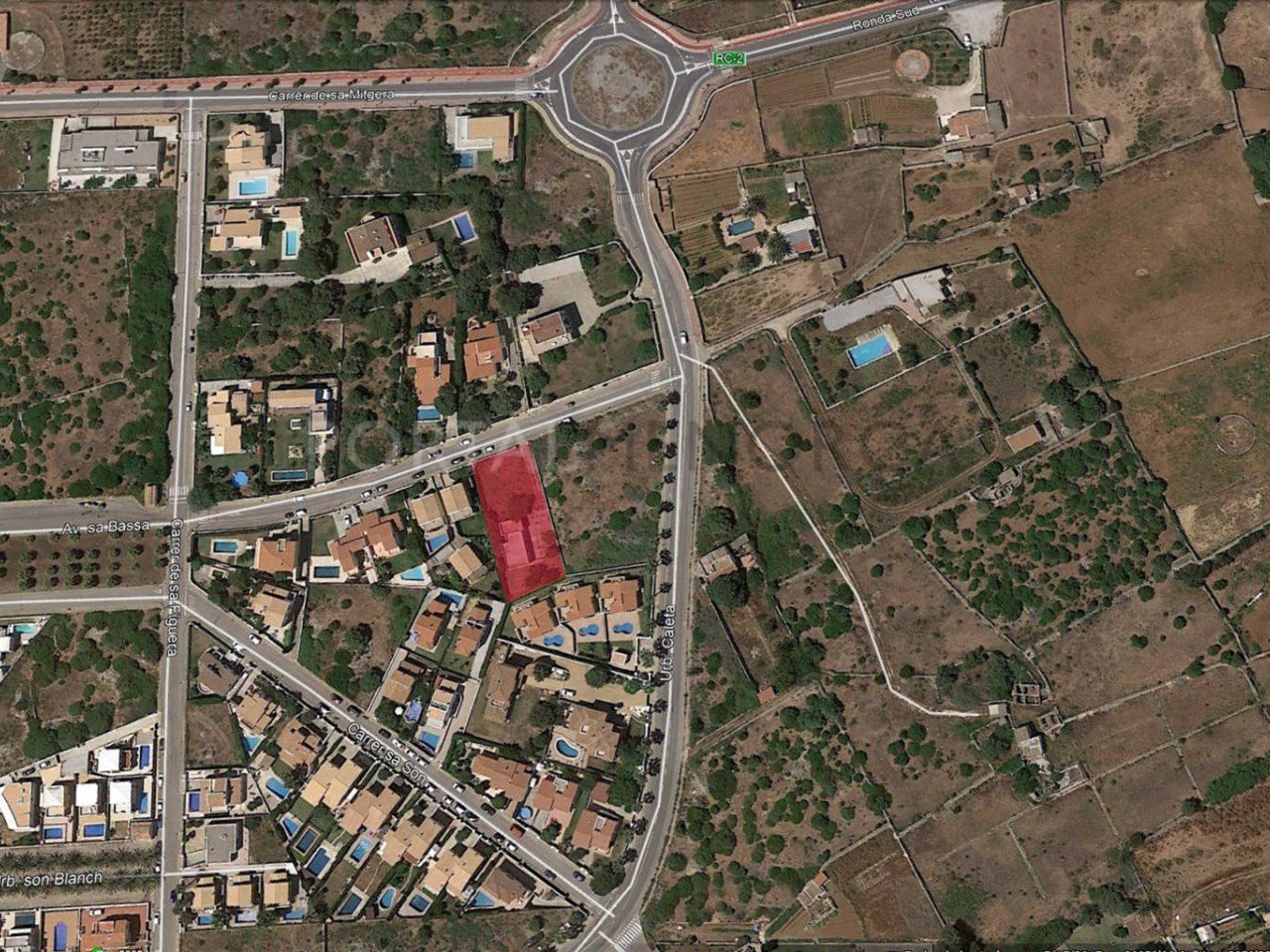 Plot for sale in Son Blanc