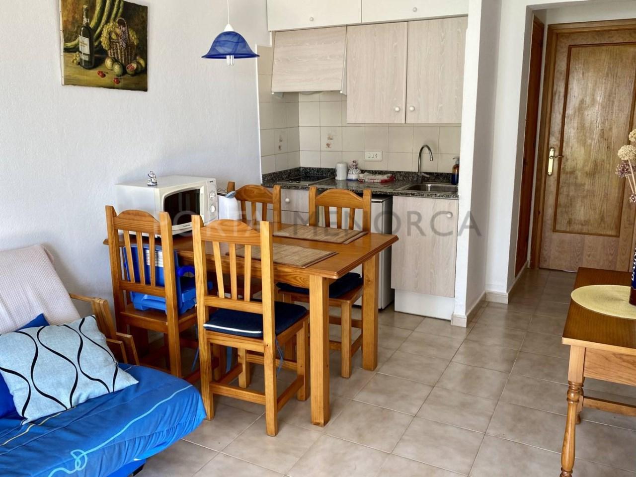 Apartamento en venta en Calan Blanes cocina-comedor FM