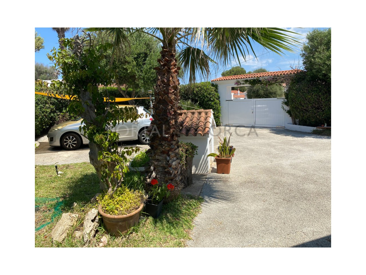 Chalet for sale in Calan Bosch_patio