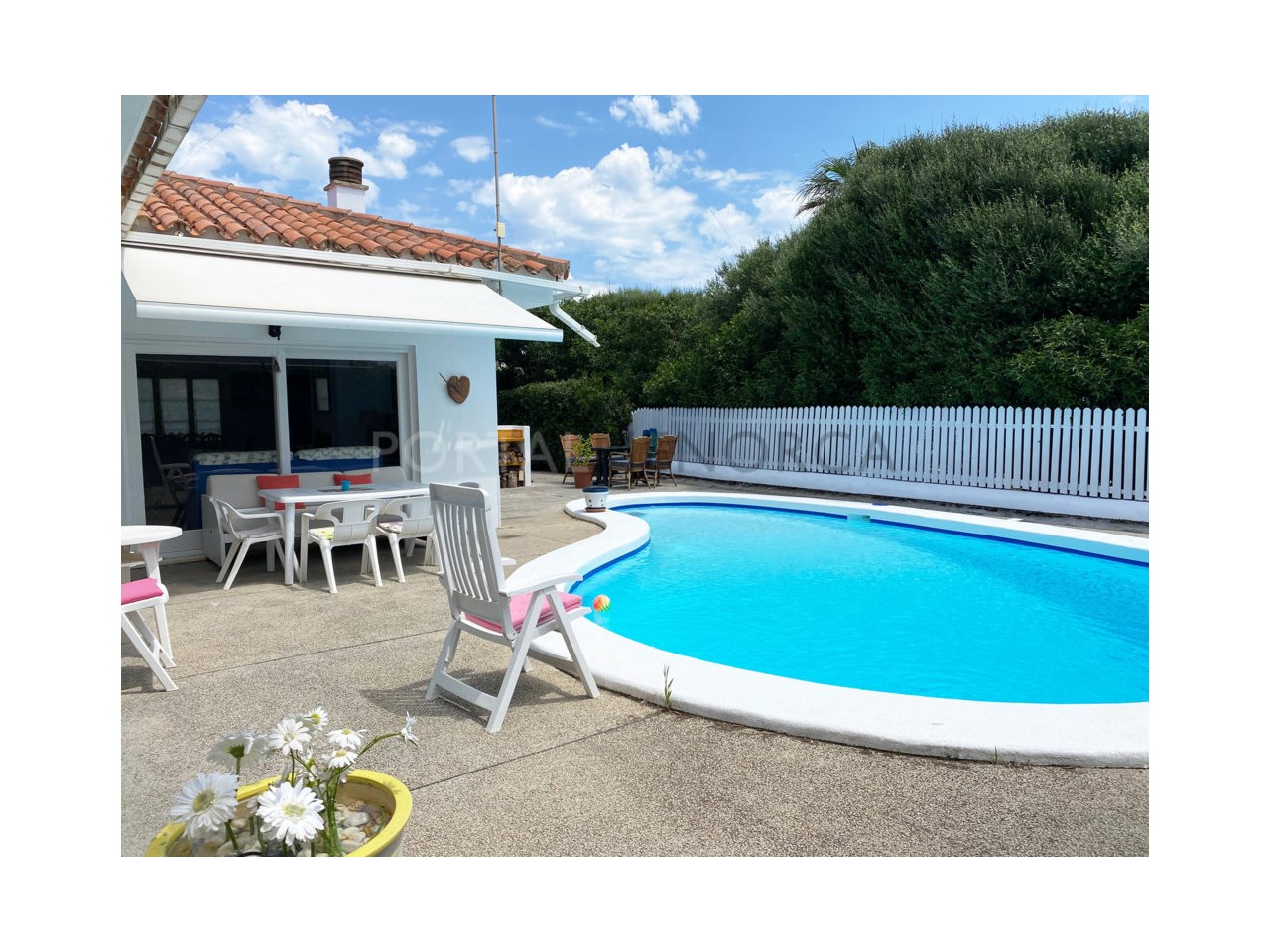 Chalet for sale in Calan Bosch_pool