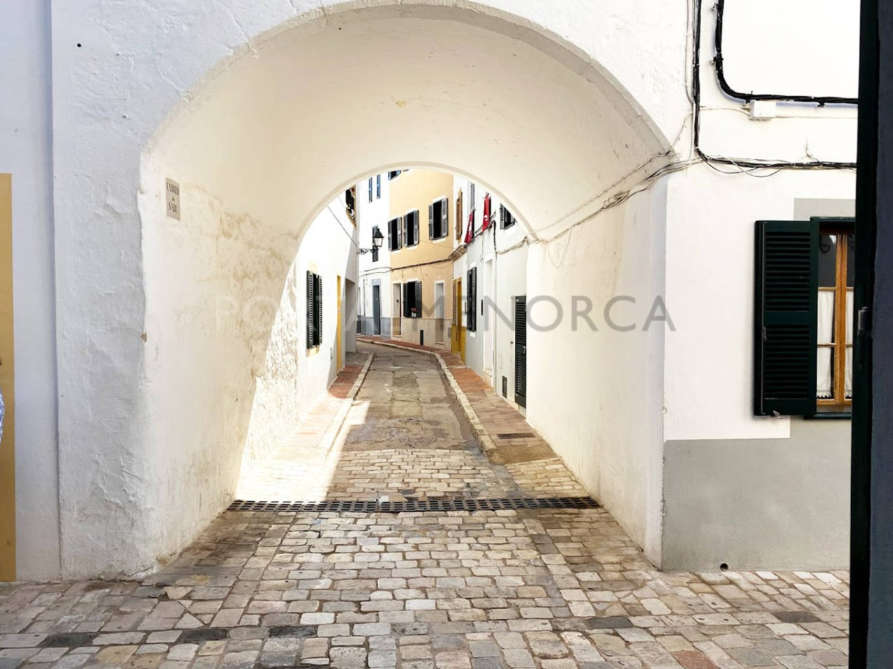 House in the old town Ciutadella_environment