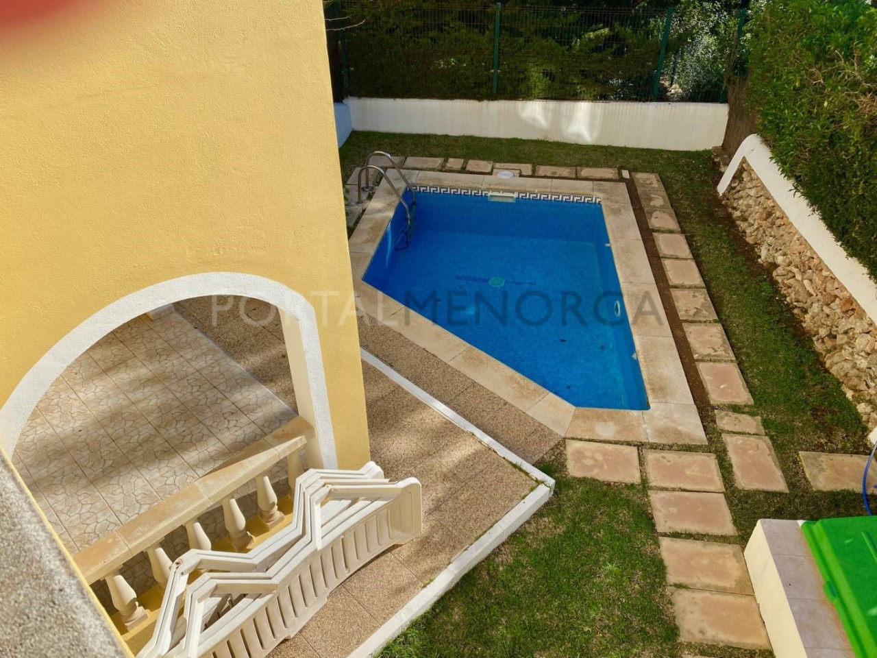 jardin i piscina FM