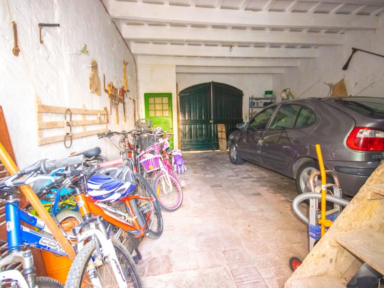 Gran garaje