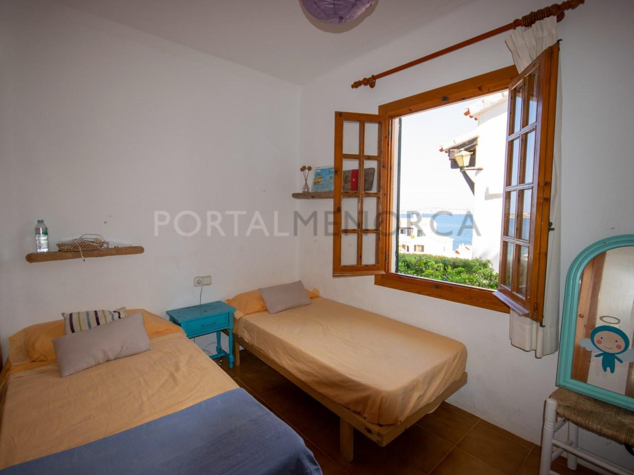Dormitorio doble con armario (3)