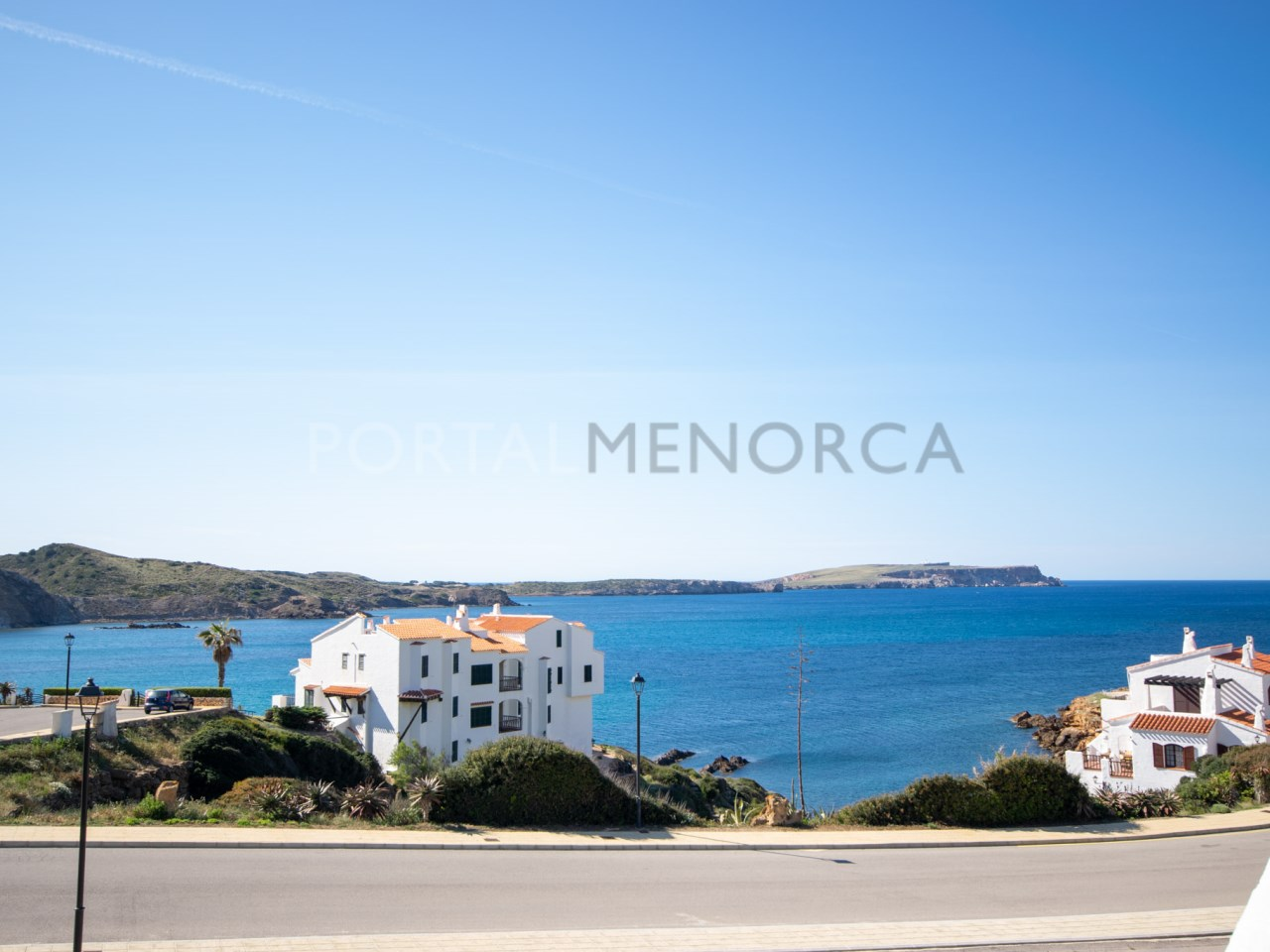 villa with sea views in playas de fornells