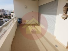 1 Bedroom Apartment-Portimão, Algarve%9/12