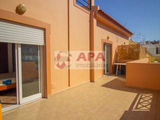 1 Bedroom Apartment Faro (Sé e São Pedro) - For sale