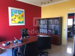 Bureau Faro (Sé e São Pedro) - Location
