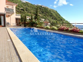 Luxury villa with swimming pool | 3 Bedrooms | 3WC